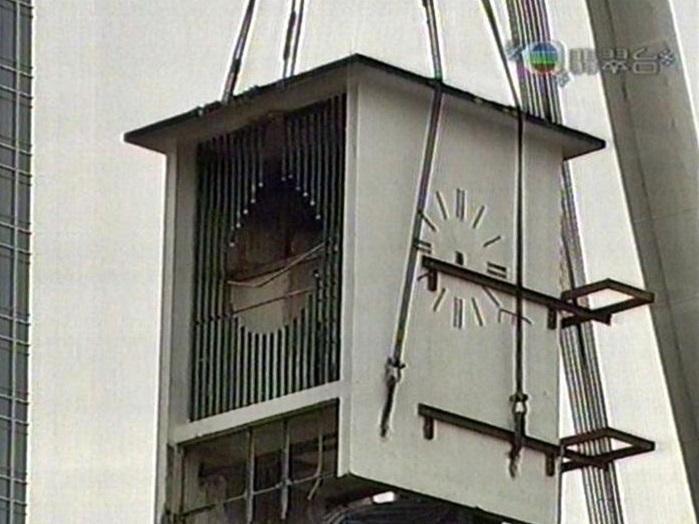 隨著鐘樓正式拆卸,變成為港人的回憶。