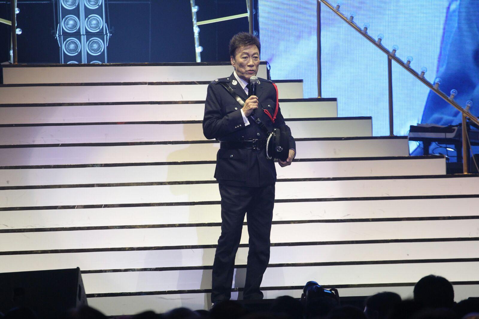 陳欣健在台上多謝楊受成打從1996年便開始聽他唱歌。