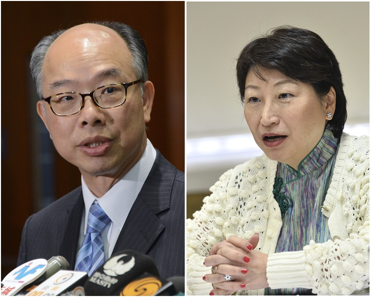 陳帆(左)感謝鄭若驊在牌照局任期內所作出的傑出貢獻。