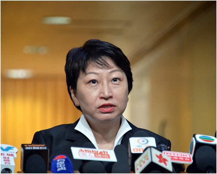 鄭若驊在聲明中表示,昨日收到屋宇署通知,要求進入物業調查。