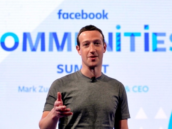 朱克伯格宣布facebook再改演算法。AP資料圖片