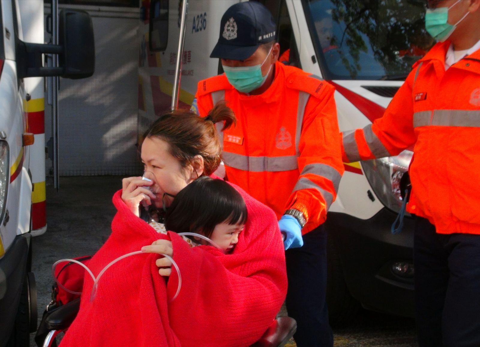 火警中至少4人送院。