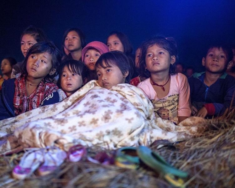 留守兒童生活困苦。網圖