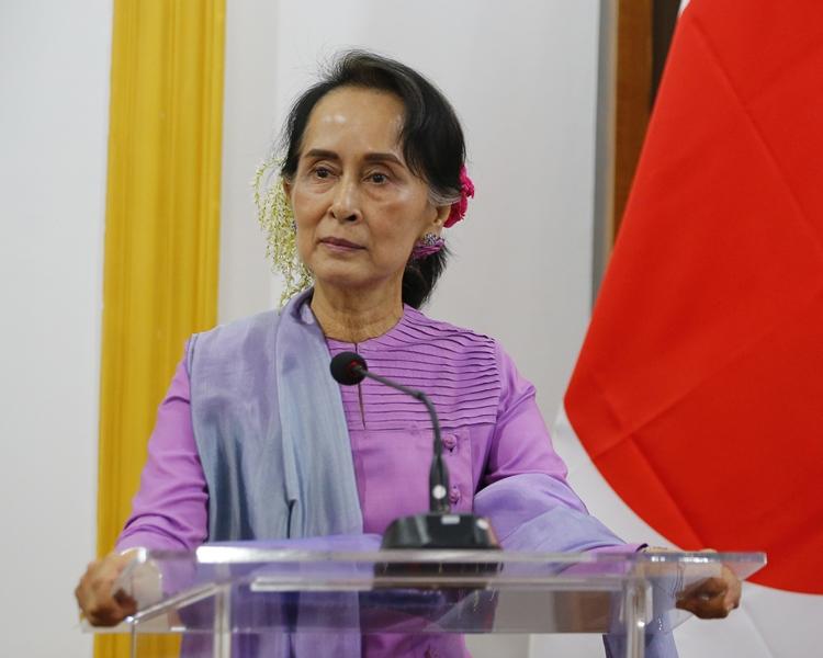 昂山素姬稱軍方承認參與印丁村殺人事件為「踏出了新的一步」。AP