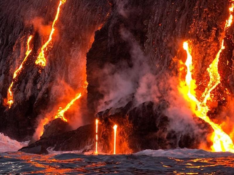日本南部外海太平洋的一座海底火山,發現有史上其中最大的一熔岩穹丘。(資料圖片)