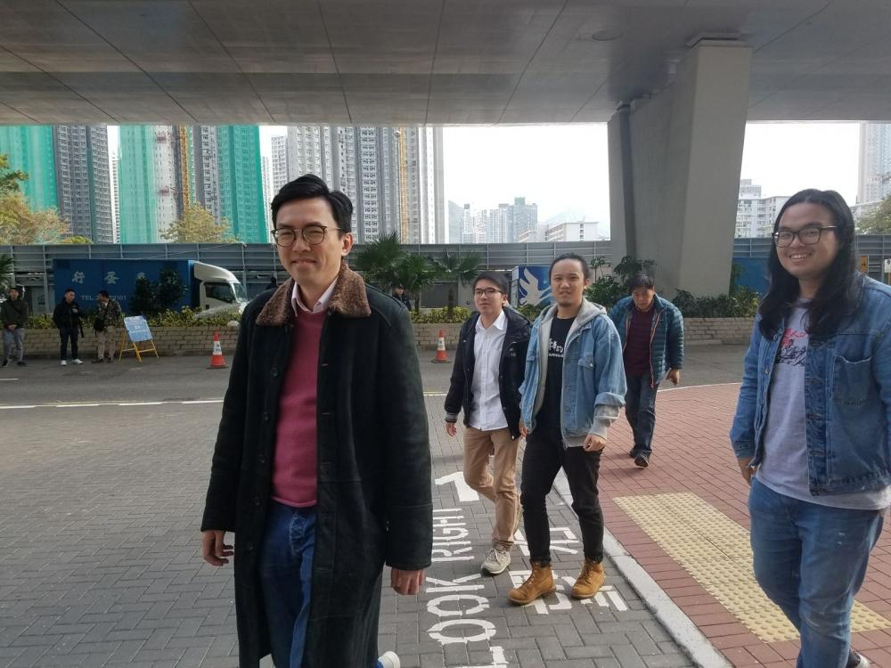 民連主席吳文遠(圖)等九人,被控於前年十一月參加「反釋法遊行」後,在中聯辦外煽惑他人擾亂公眾秩序等共七罪。黃梓生攝