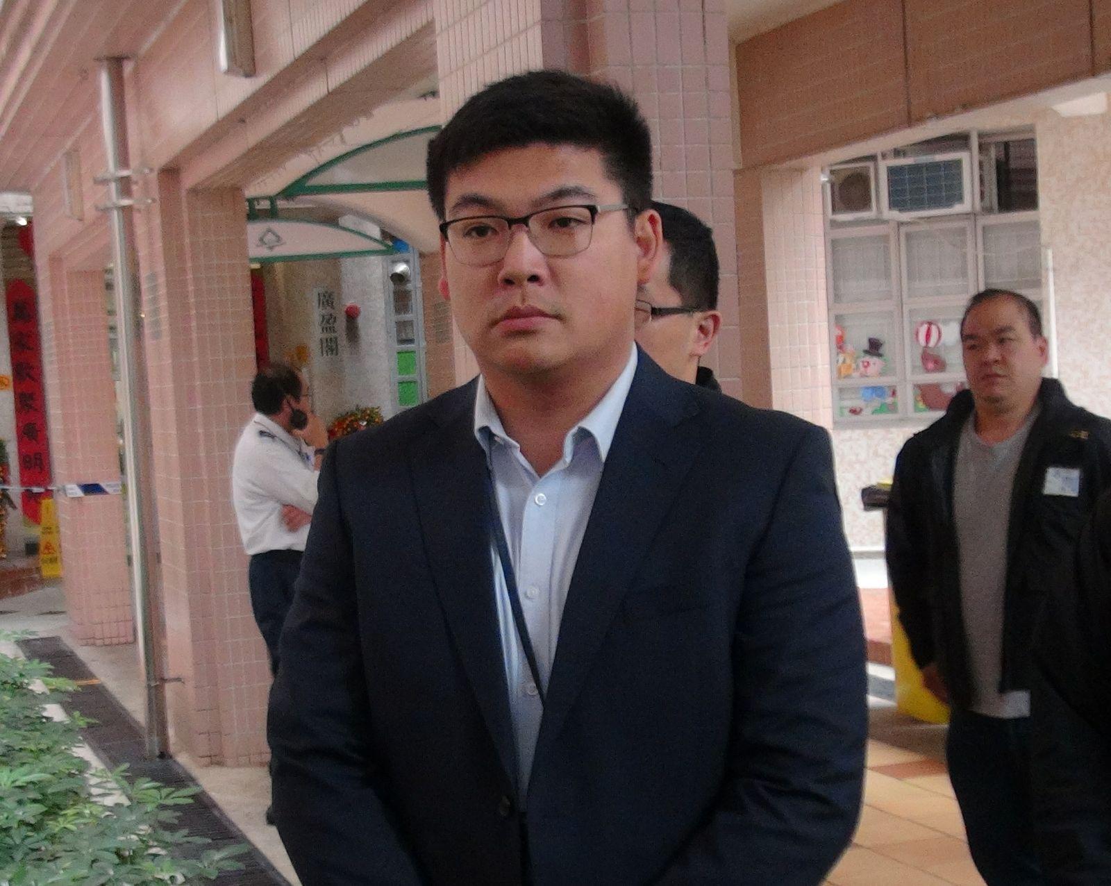 東九龍重案組高級督察盧文輝指,死者頸部傷痕相信由塑膠索帶造成