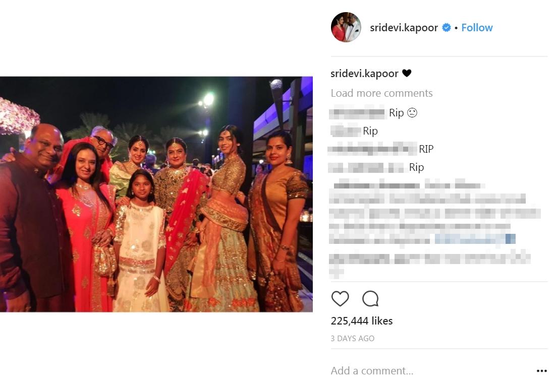網民在Sridevi的社交平台表示悼念。