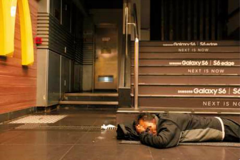 調查指快餐店無家者4年增逾5倍。資料圖片