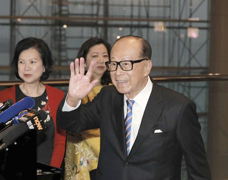 香港首富長和主席李嘉誠,以349億美元財富,位居全球第23位。