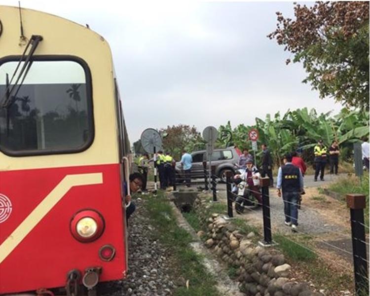 阿里山森林鐵路火車的祝山線、沼平線及神木線等三支線仍維持正常行駛。網圖