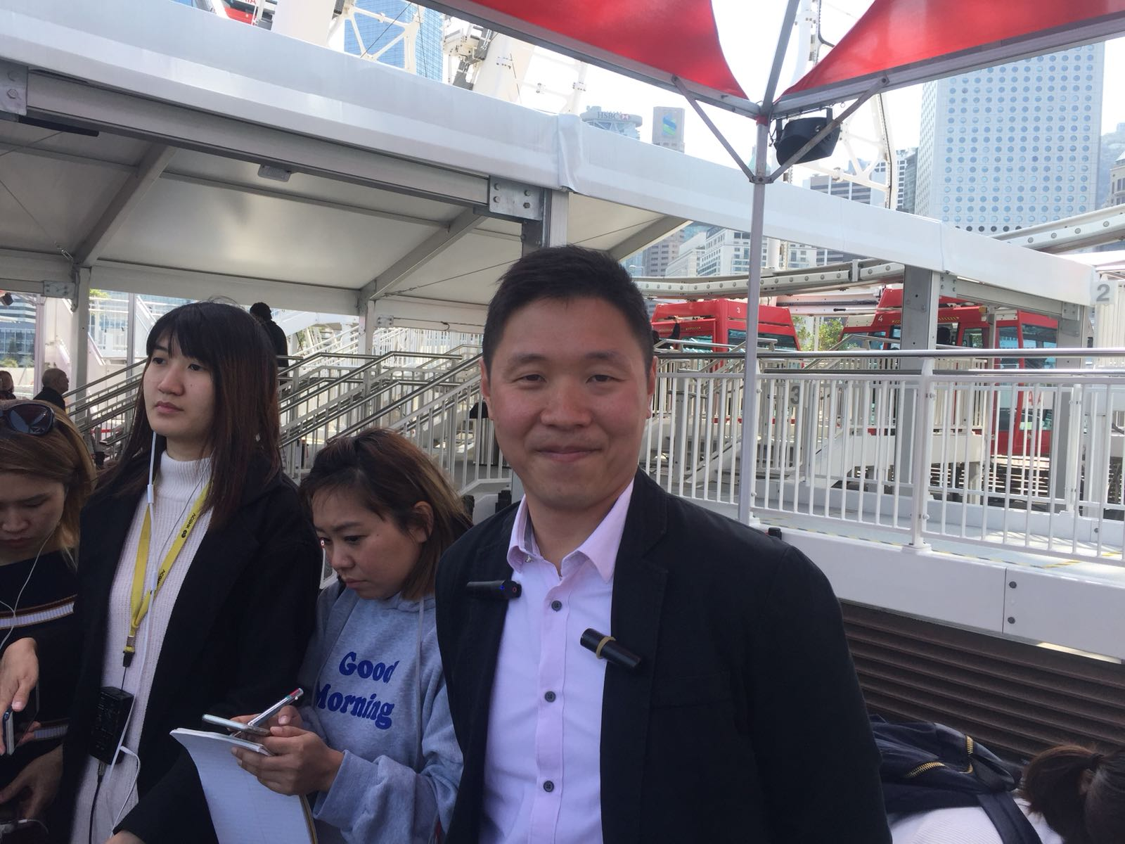 營辦商表示,入場約七成四為香港市民。