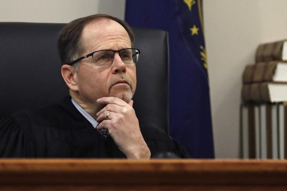 法官坦普爾批准中獎女子隱性埋名。AP圖片