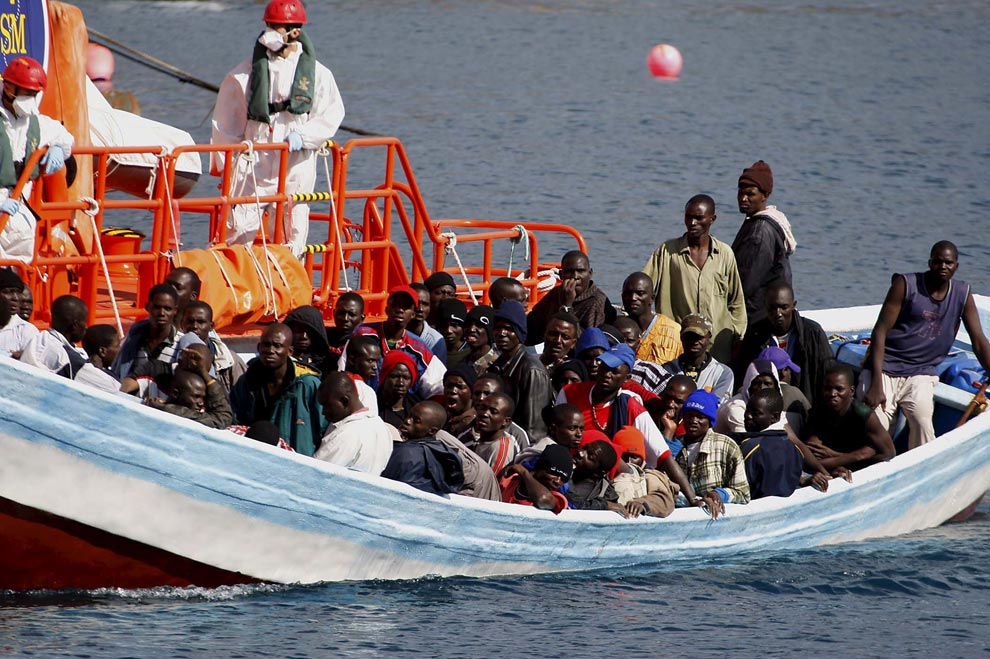 歐盟威脅鄰近國家協助遣返偷渡客。AP圖片