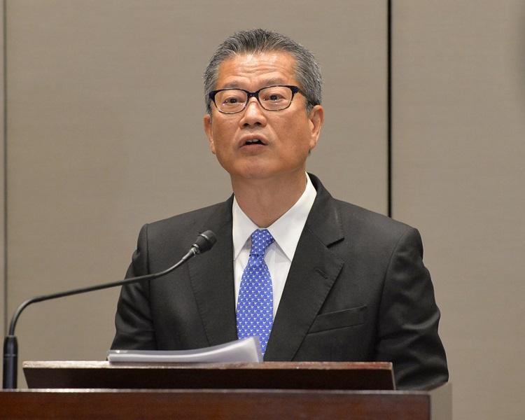 陳茂波又表示政府會引入措施支持發展具潛力產業。