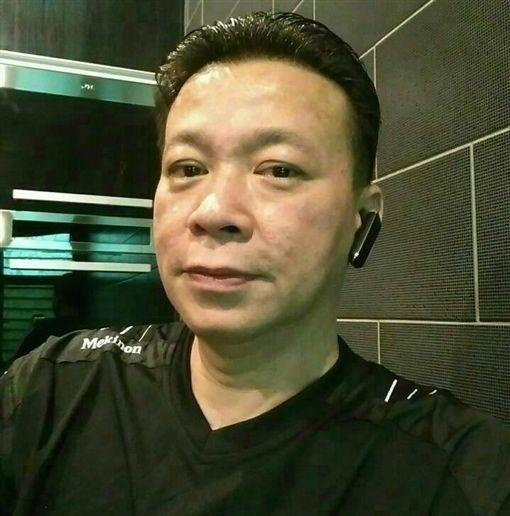 算命師傅朱峰靖被妻子捉姦在床判賠30萬。(網圖)
