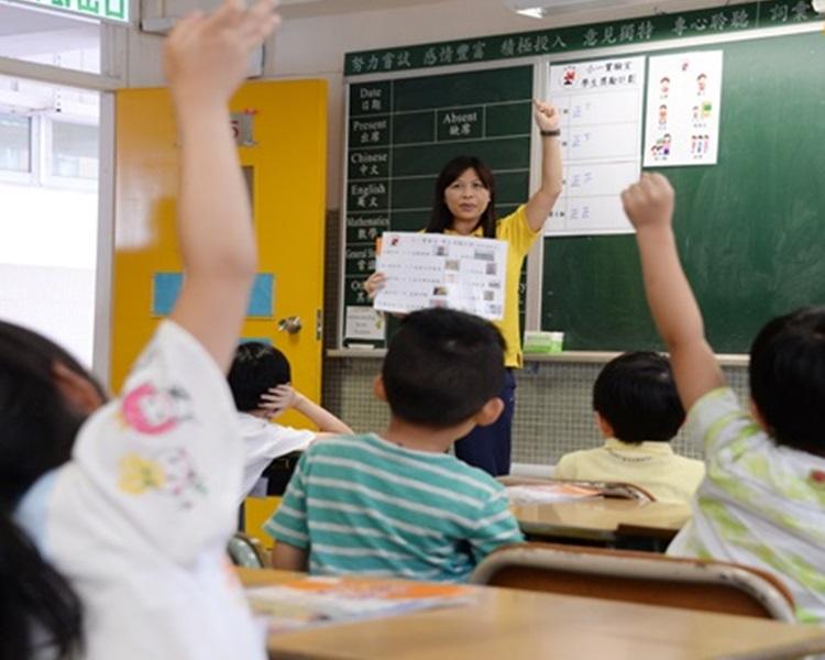 聯盟憂慮,如果最終取代輔導教師,更可能要由前線教師分擔原有輔導工作。資料圖片