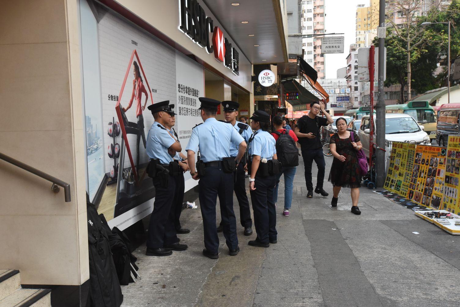 警員加強巡邏