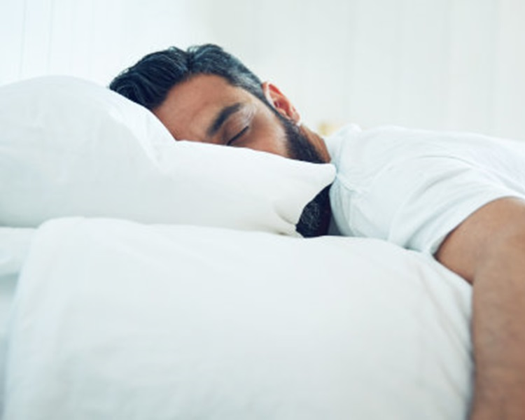 香港物理治療學會表示中等硬度床褥最舒適。網上圖片