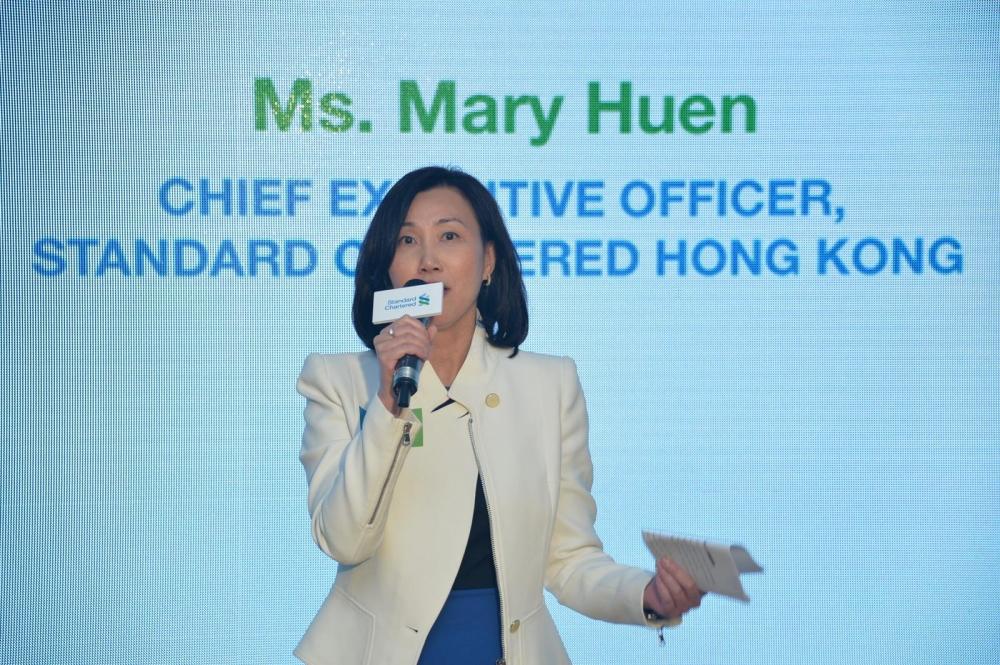 渣打香港行政總裁禤惠儀不評論資金流走的速度是否大過預期
