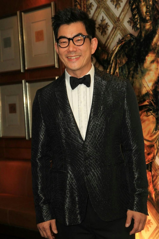 小齊表示,片中飾演鄭秀文的男朋友,但不會有親熱戲,連拖手也沒有。