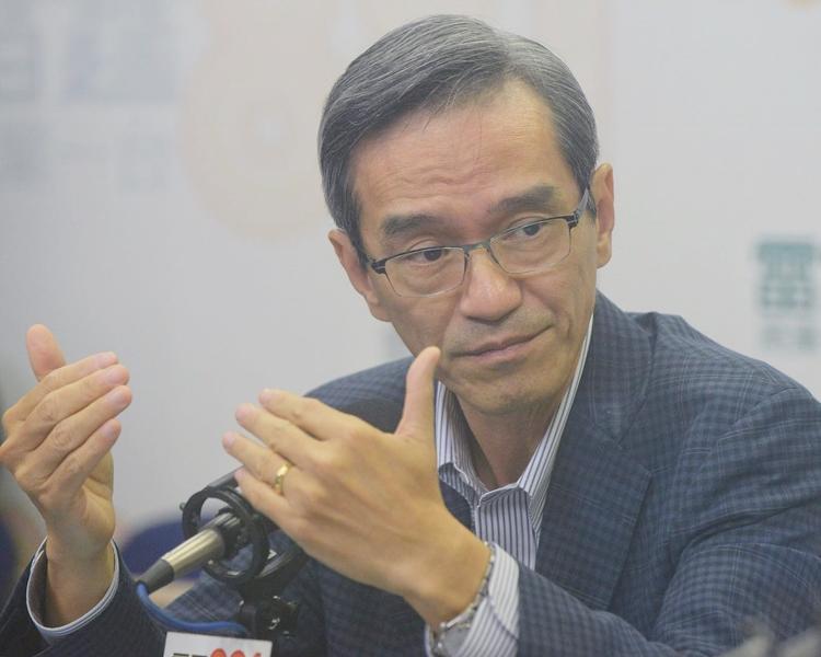 土地供應專責小組主席黃遠輝表示,本港過去10至15年未曾造地或覓地。