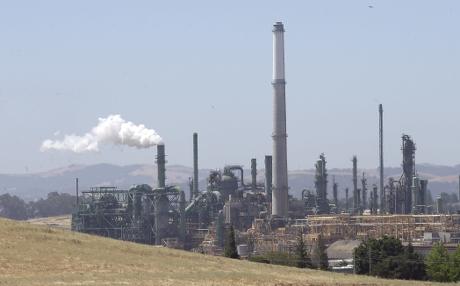 上周美國營運中的油田鑽井數量增加10個至844個,為2015年3月以來最多。AP