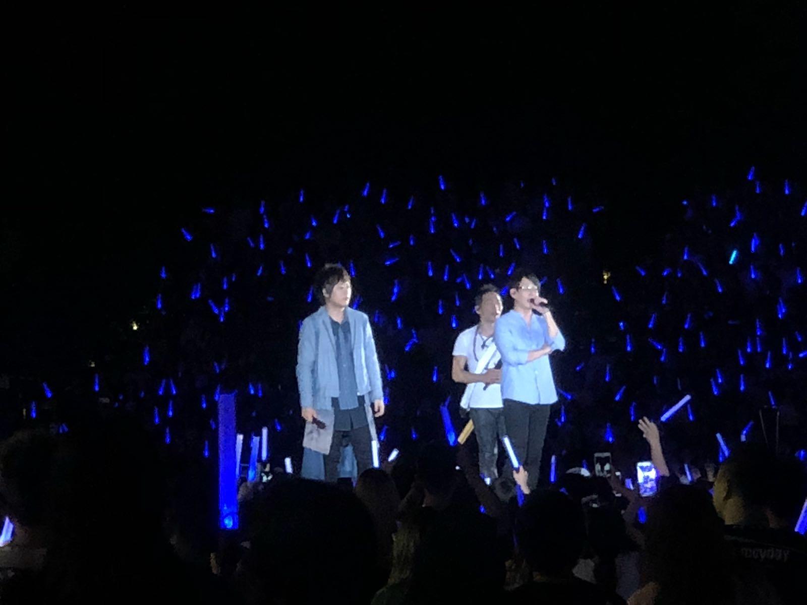 五位成員逐一講述表演最後一場的感覺。