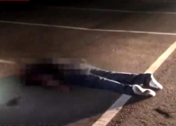 陳男被人虐打至重傷,被丟棄在火葬場後方的停車場。(網圖)