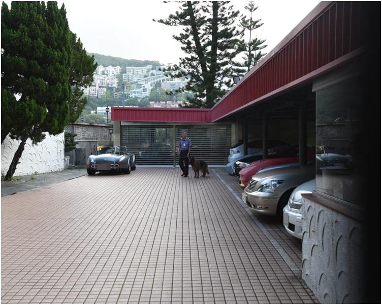 大宅停車場。