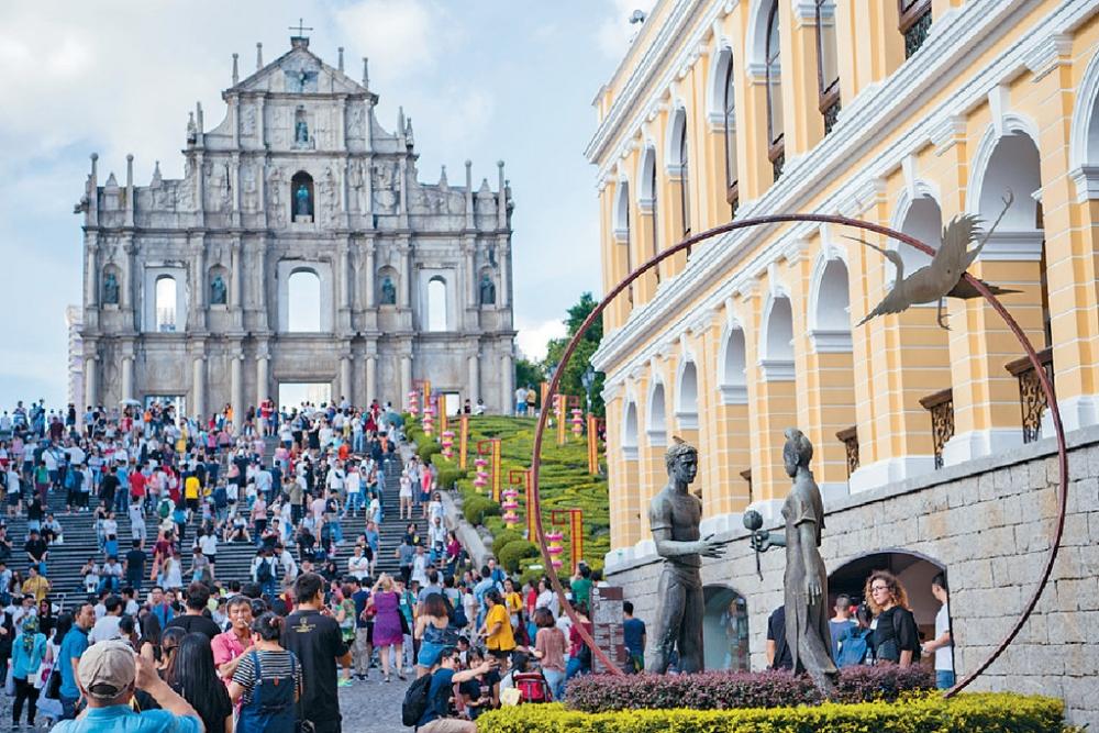 澳門一名台灣女遊客遭禁錮索4倍的士車費 。新華社圖片