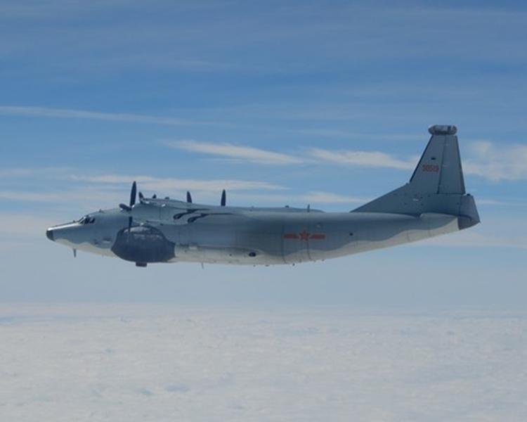 解放軍海軍「運-8型」電子戰機。網圖
