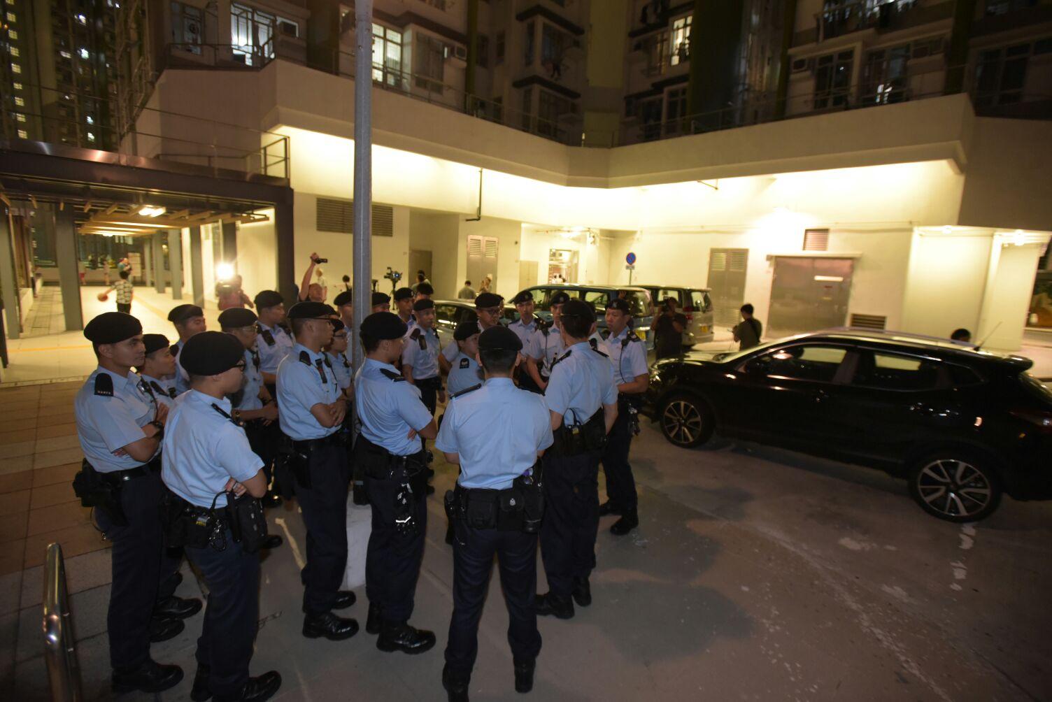 警員到場調查。黃文威攝