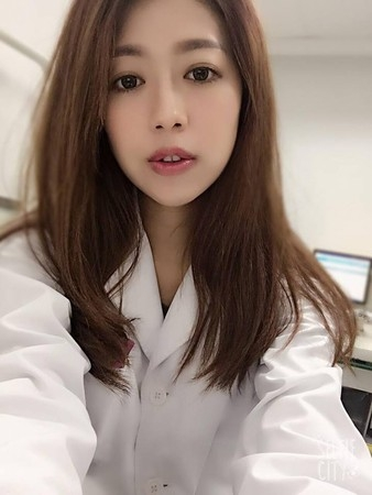 美女名醫施靖娟。(網圖)