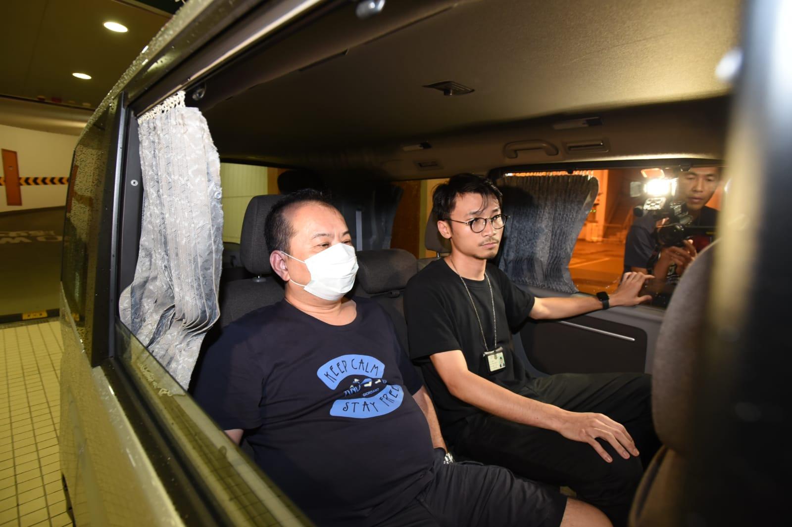 海關拘捕1名男子7名女子