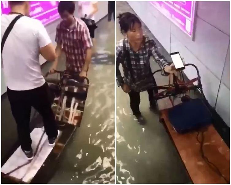 2名「商販」將手推車鋪上紙皮,讓「乘客」站上再運載他們。片段截圖