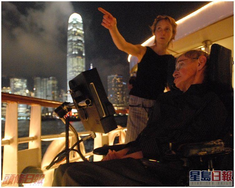 霍金大讚「幻彩詠香江」出色。資料圖片