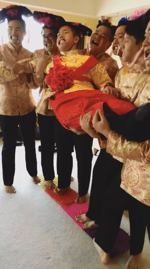 兄弟團接新娘玩遊戲