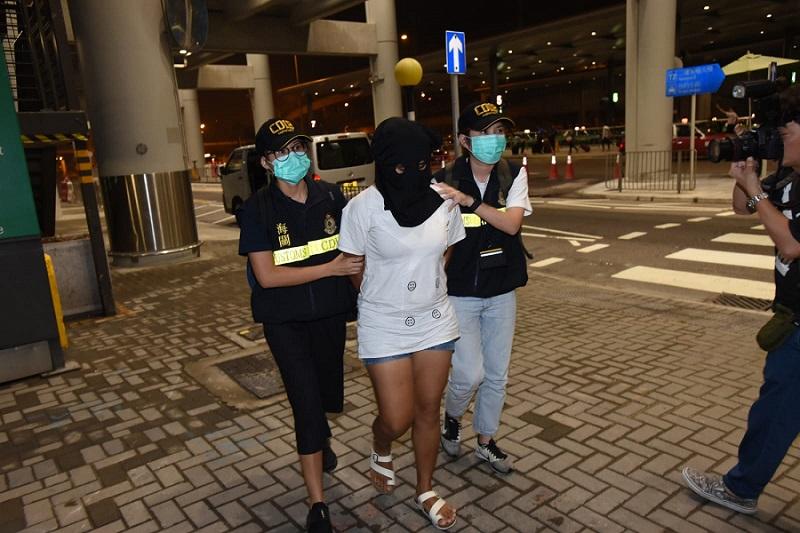 被捕的東南亞裔女子。