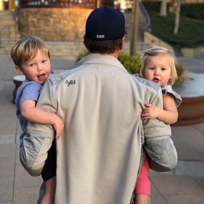 除了艾米琳外,米拿還有3名子女,其中與現任妻子育有一名3歲兒子。