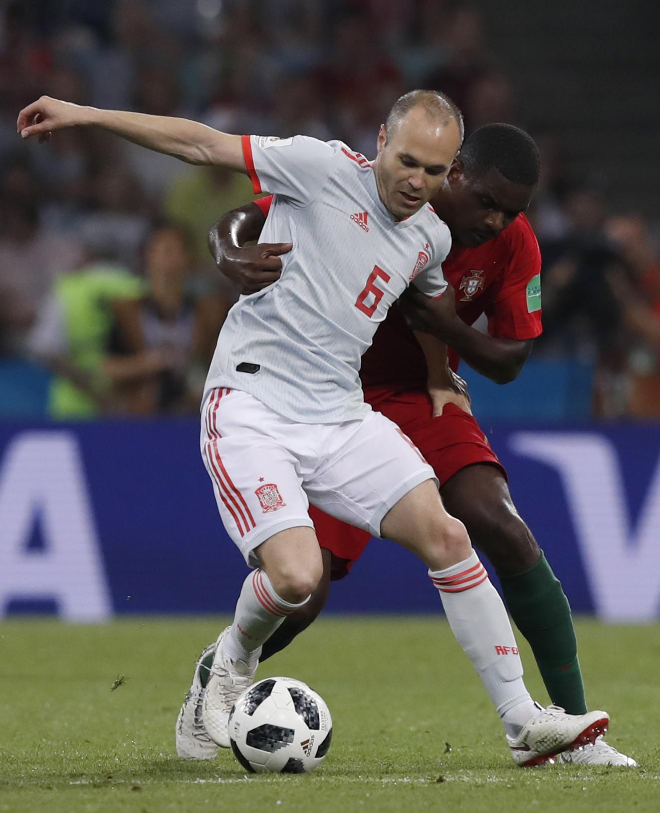 恩尼斯達(前)未已明言今屆是其最後一屆世盃,但未有明確表示退出國家隊日子。AP