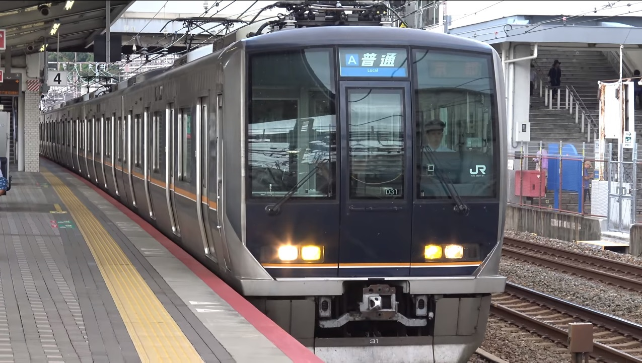 日本JR神戶線電車。網上圖片