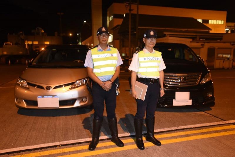警方打擊白牌車行動中,首次拘捕內地司機。徐裕民攝