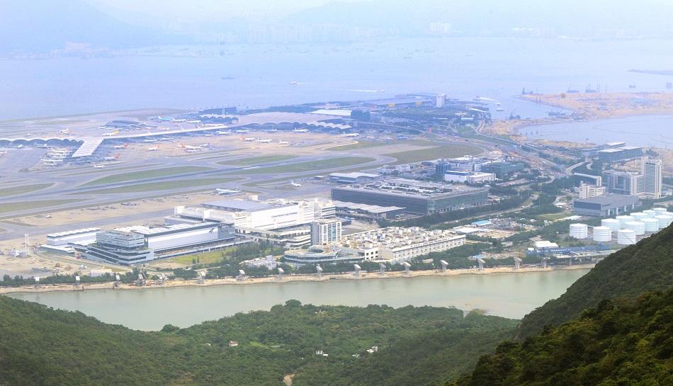 立法會工務小組通過機場第三跑道空管及消防設施項目。資料圖片