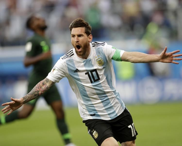 美斯为阿根廷先开纪录。AP