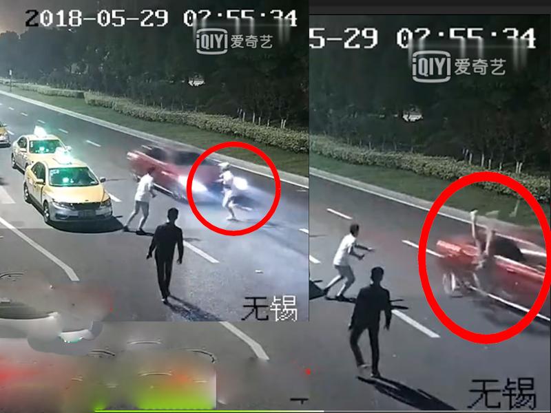 女子與兩男爭執倒行後退走出馬路,結果被一輛猛衝的酒駕車撞斃。(網圖)