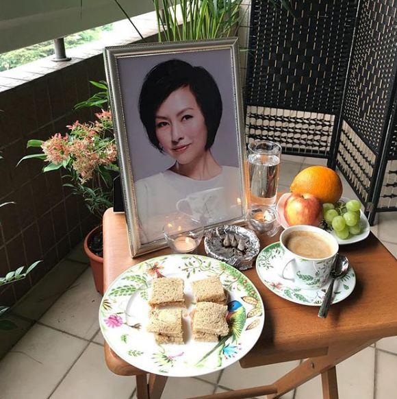 今年1月司馬燕逝世3周年,吳忠義貼拜祭的照片。