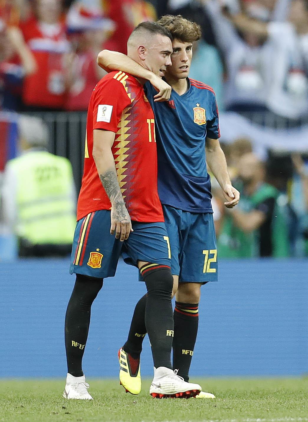 奧迪奧蘇拿(右)隨西班牙於世盃十六強出局。AP