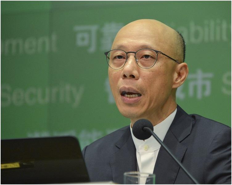 黃錦星表示財委會若未能於暑假前通過撥款申請,補貼將於明年發放。