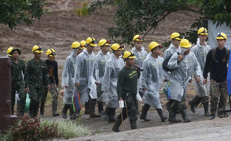 早前獲救8名少年狀況良好。美聯社